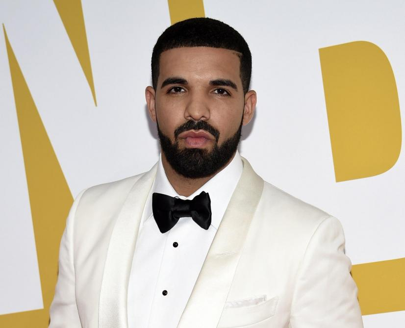 Le rappeur Drake distribue un million de dollars dans son nouveau clip