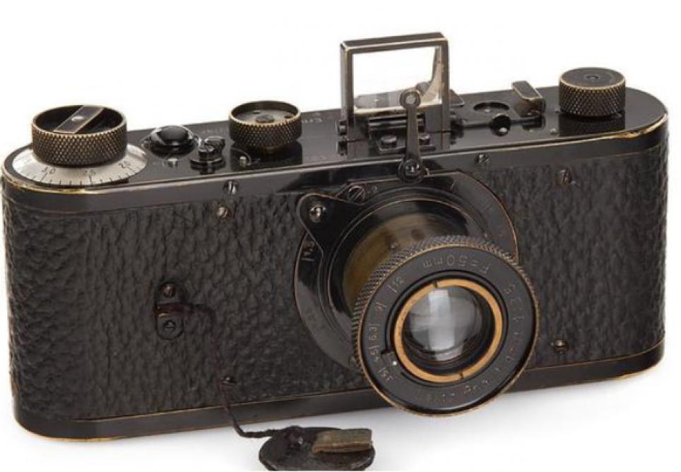 Un appareil photo datant de 1923 vendu à 2,4 millions d'euros (Vidéo)