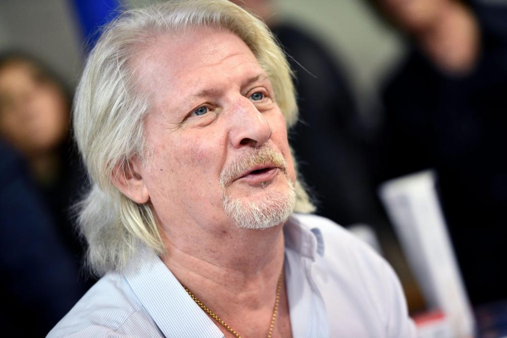 Patrick Sébastien annonce à Cyril Hanouna la fin de sa carrière — TPMP