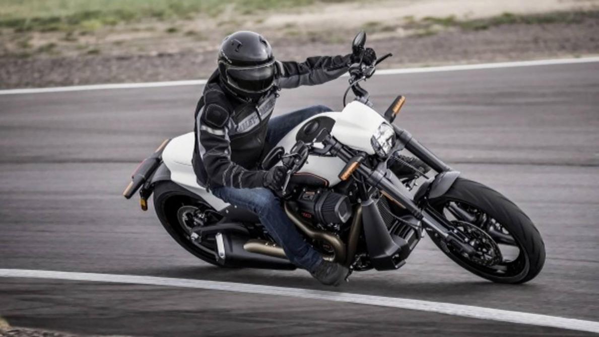 2019 Harley Davidson Fxdr 114 Comme Un Air De V Rod: La Nouvelle Harley-Davidson, Vrai Dragster De Route (vidéo