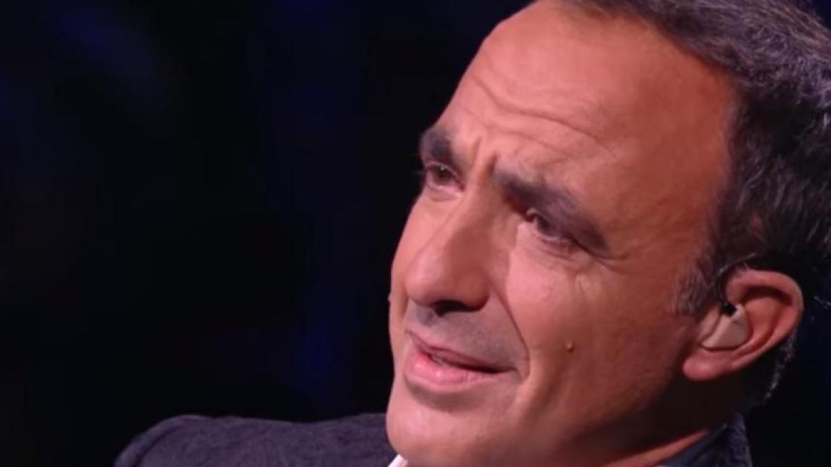 Nikos Aliagas, submergée par l'émotion sur TF1