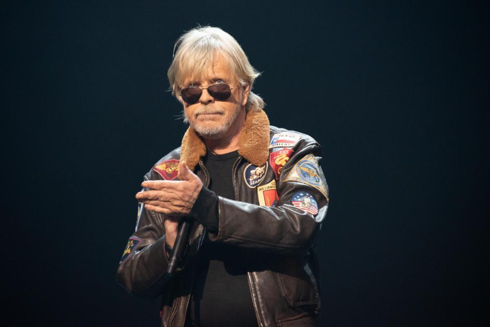 Le chanteur Renaud hospitalisé dans une clinique — Près de Montpellier