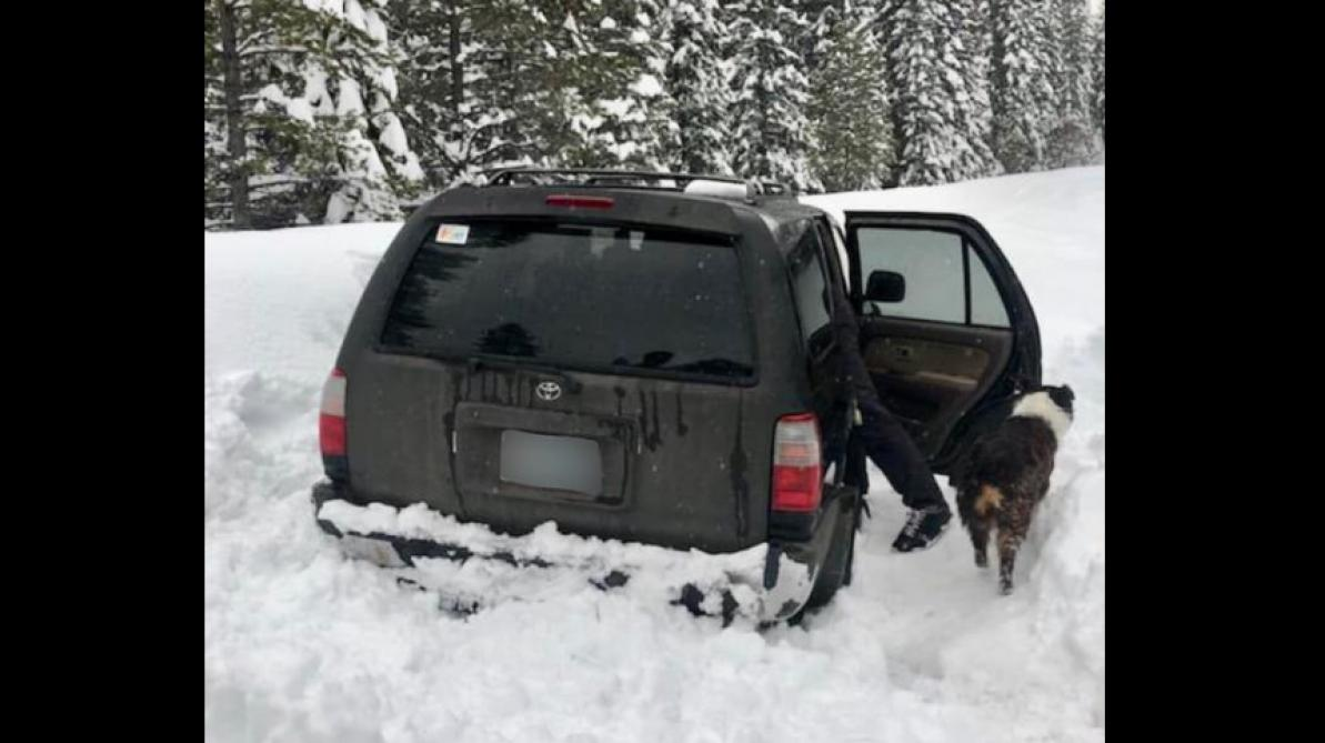 Un Américain survit dans la neige grâce à de la sauce piquante