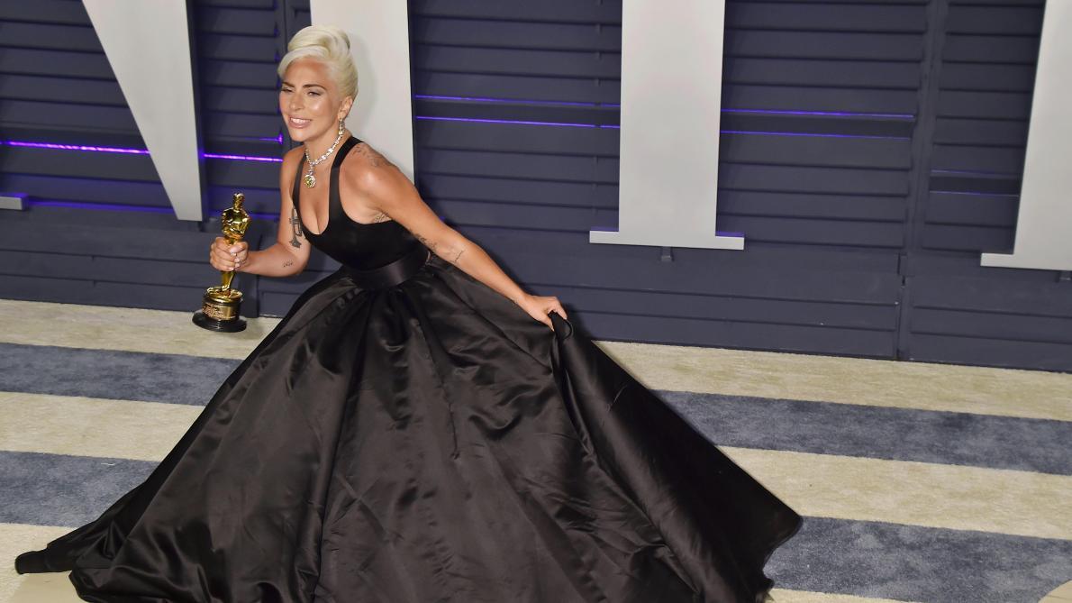 Lady Gaga dément sa grossesse en annonçant un album !