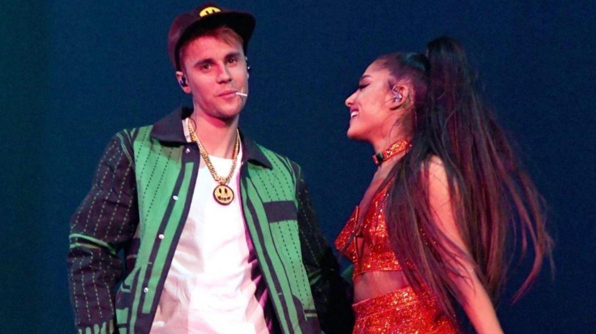Agressée par un citron sur scène — Ariana Grande