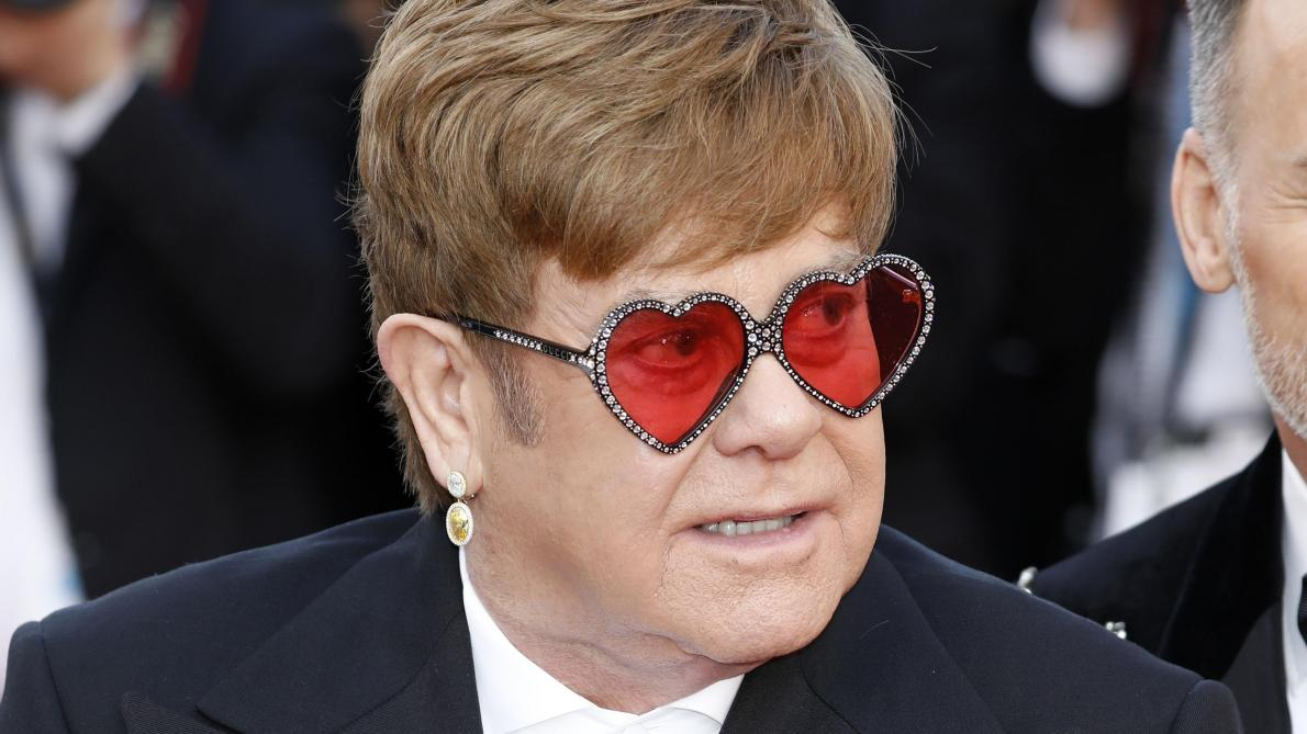 Elton John, Star Excentrique Au Succès Planétaire
