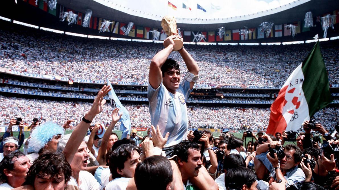 Documentaire sur Diego Maradona: portrait détaillé d'un des plus grands footballeurs (vidéos)