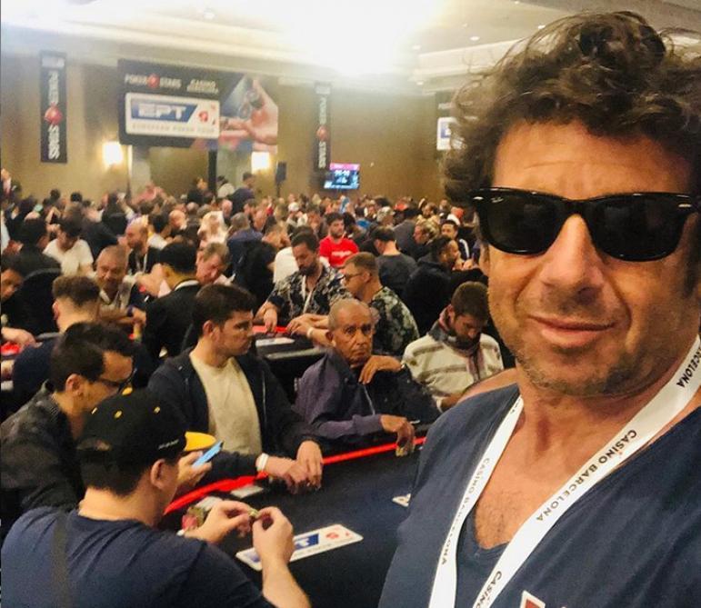 Patrick Bruel Ancien Champion Du Monde Se Remet Au Poker Lors D Un Tournoi A Barcelone Soirmag