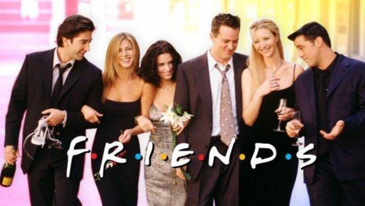 Emma a répondu à la blague de Chandler