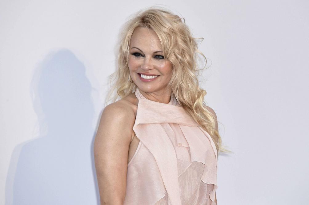 Pamela Anderson a rompu avec Jon Peters après 12 jours de mariage