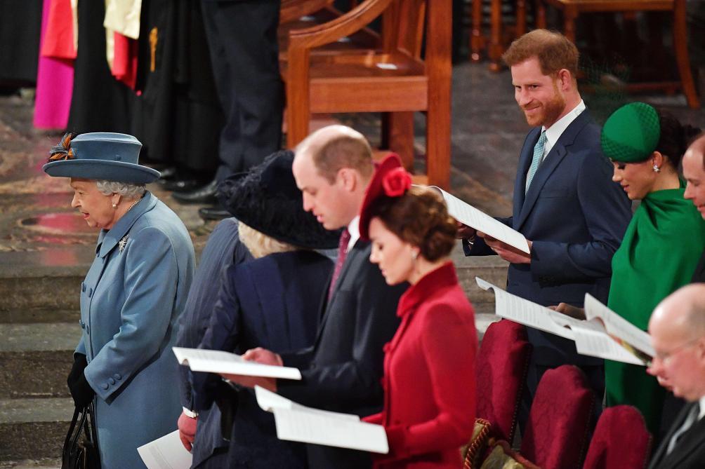 Le prince Harry et Meghan aux côtés d'Elizabeth II pour leur ...