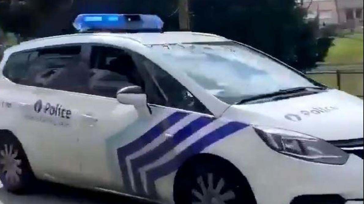 La police diffuse du Yann Lambiel dans les rues