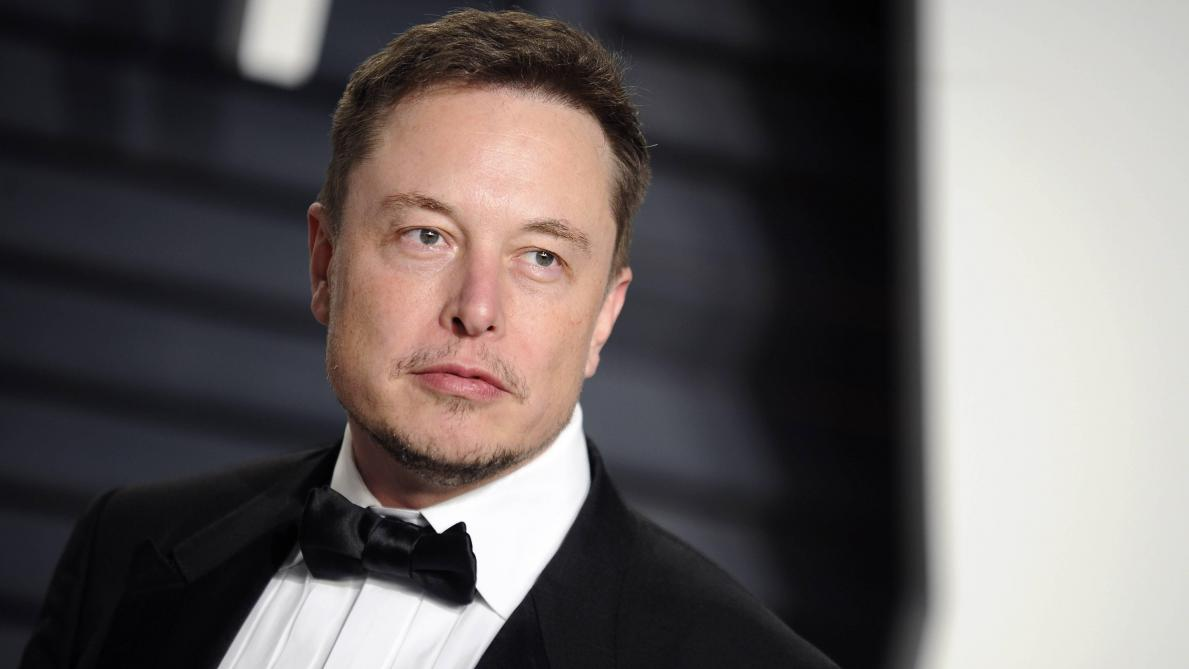 Carnet rose pour Elon Musk et la chanteuse Grimes