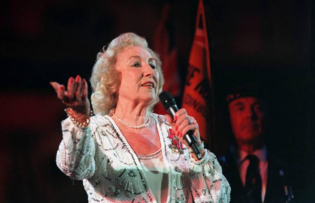 Vera Lynn, légendaire chanteuse britannique, est morte