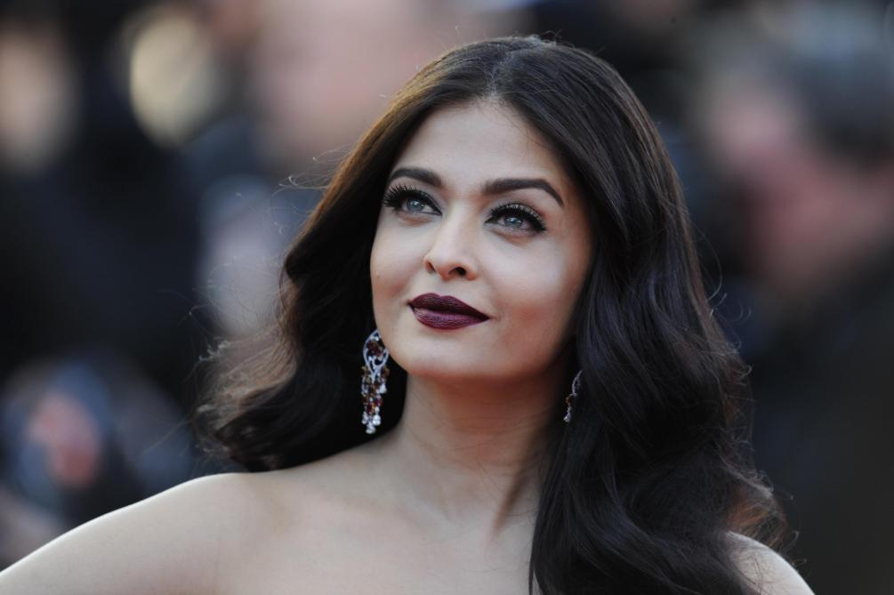 Testé positif, l'acteur star de Bollywood Amitabh Bachchan, a été hospitalisé — Coronavirus