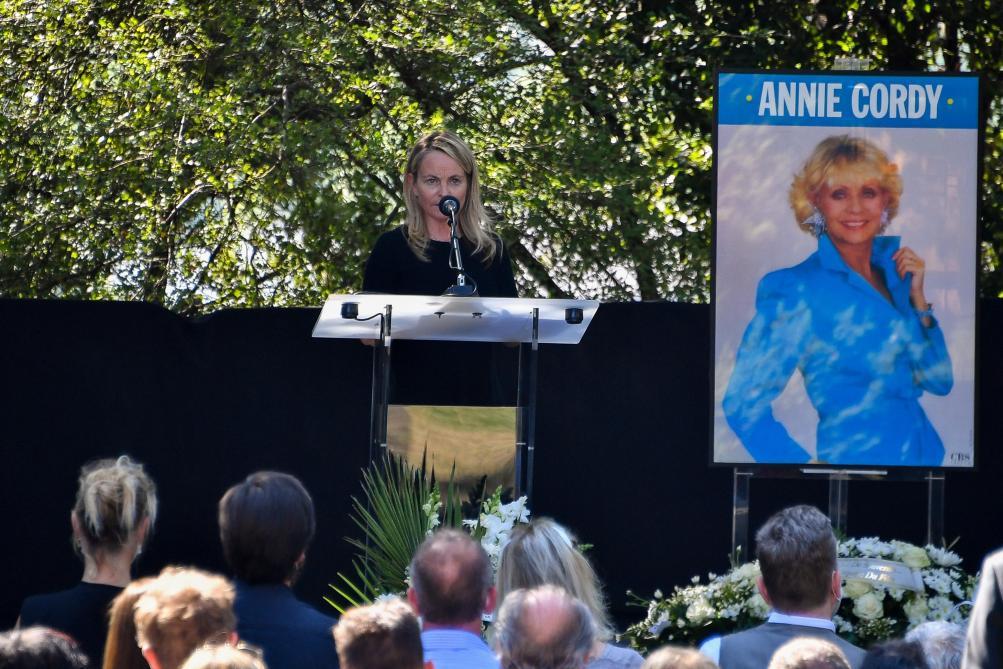 Hommage discret mais unanime à Cannes et Vallauris — Décès d'Annie Cordy