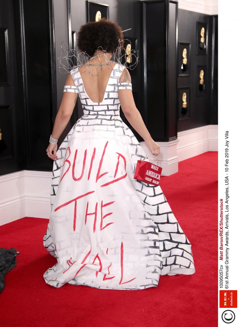 grammy awards  la robe pro-trump de joy villa ne fait pas l u2019unanimit u00e9  photos