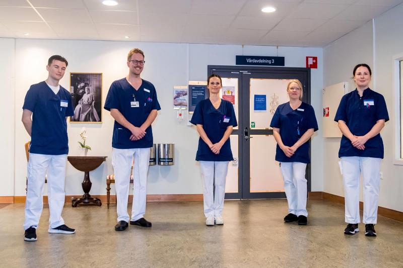 La princesse Sofia de Suède rejoint le personnel soignant d'un hôpital — Coronavirus